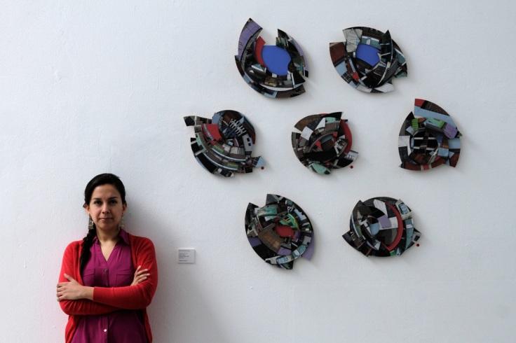 Marita Ibañez en su exposición Ciudad Estéreo (Foto: Illariy Ortiz)