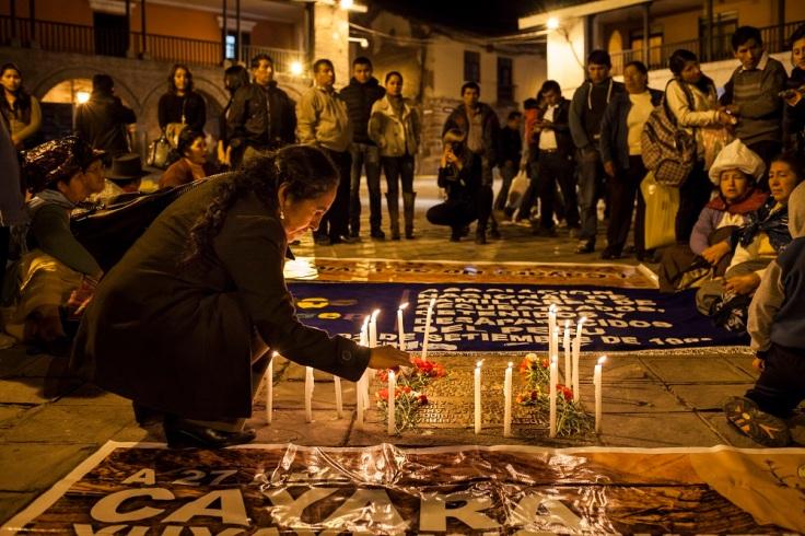 Plaza de armas de Ayacucho la noche del 14 de junio. (Foto: Adrián Portugal / Supay Fotos / LaMula.pe)